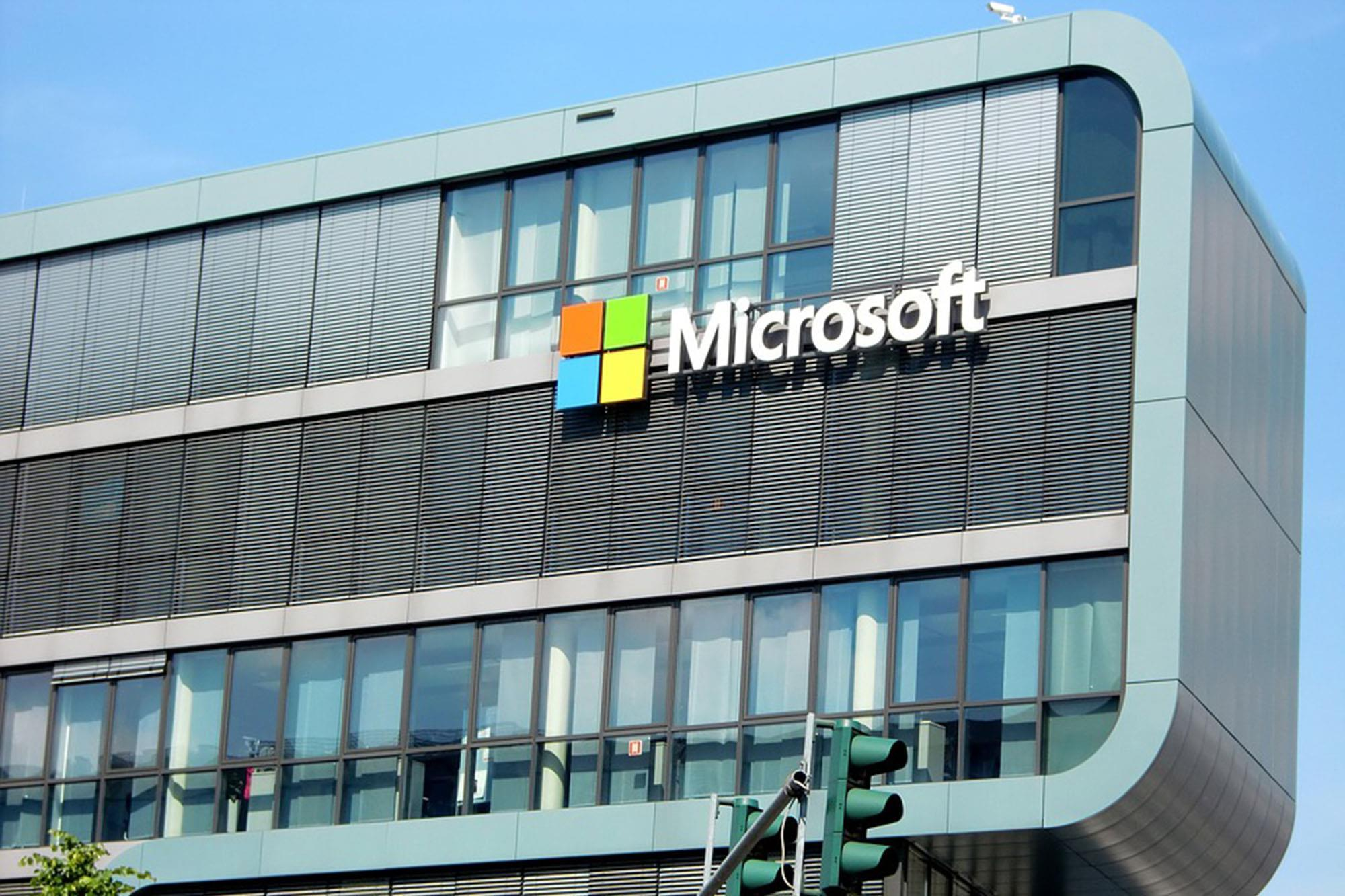 Deloitte names, describes two CAMs at Microsoft | Article